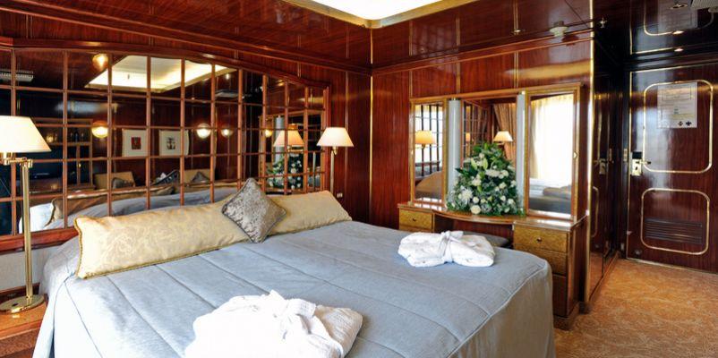 islandsky-deluxebalcony-suite