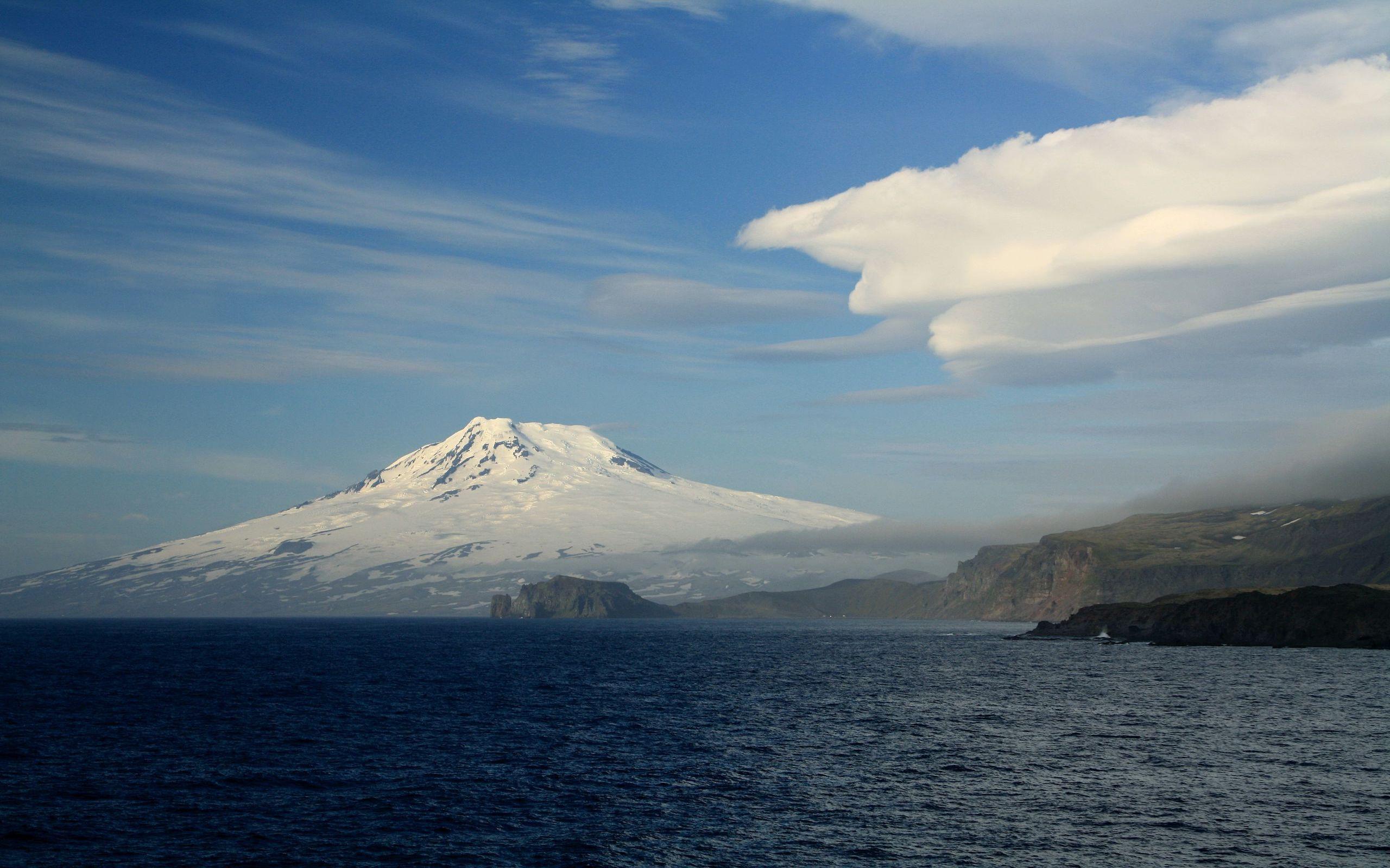 Inseln des Europäischen Nordmeeres (Bäreninsel, Jan Mayen, Shetlandinseln, Orkneyinseln, Färöer Inseln, Lofoten), norwegische Küste